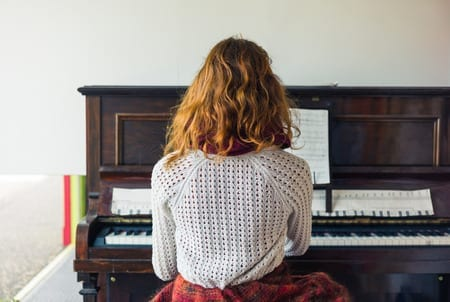 The Correct Posture for Piano Playing!